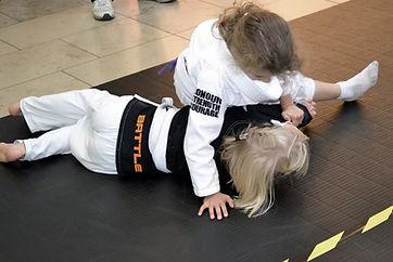 Godalming Jiu Jitsu Kids side control