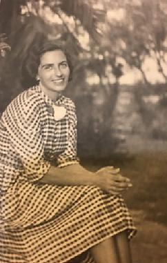 דפנה בר - כתיבה של סיפורי חיים - דפנה - סבתא שלי