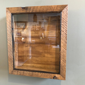 Wedding keepsake box for flowers