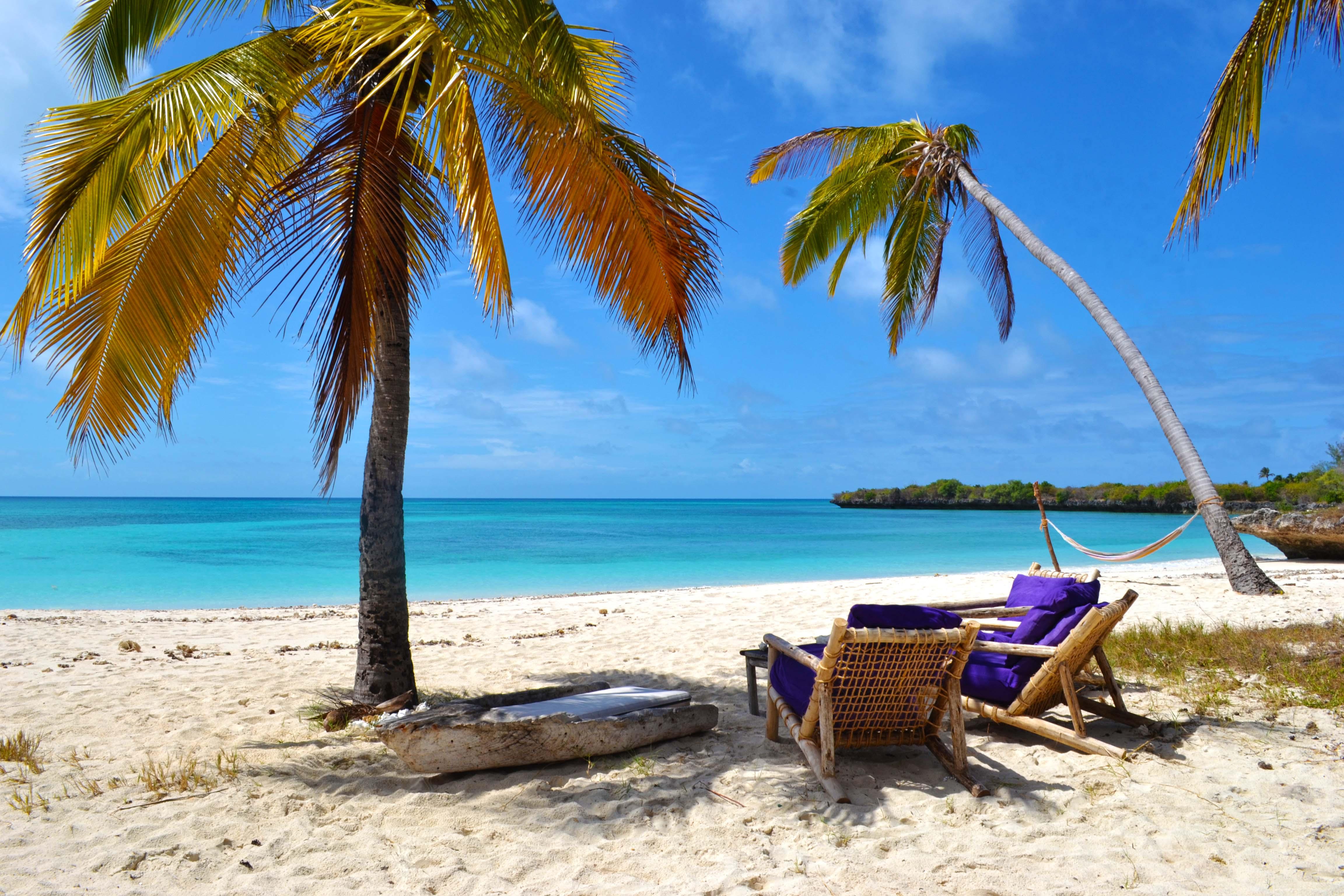 4 Beach 4