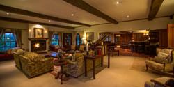 TheManor - Main Lounge 2 (c)Silverless