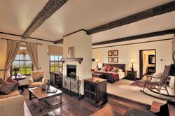 TheManor - Cottage Suite Bedroom 2