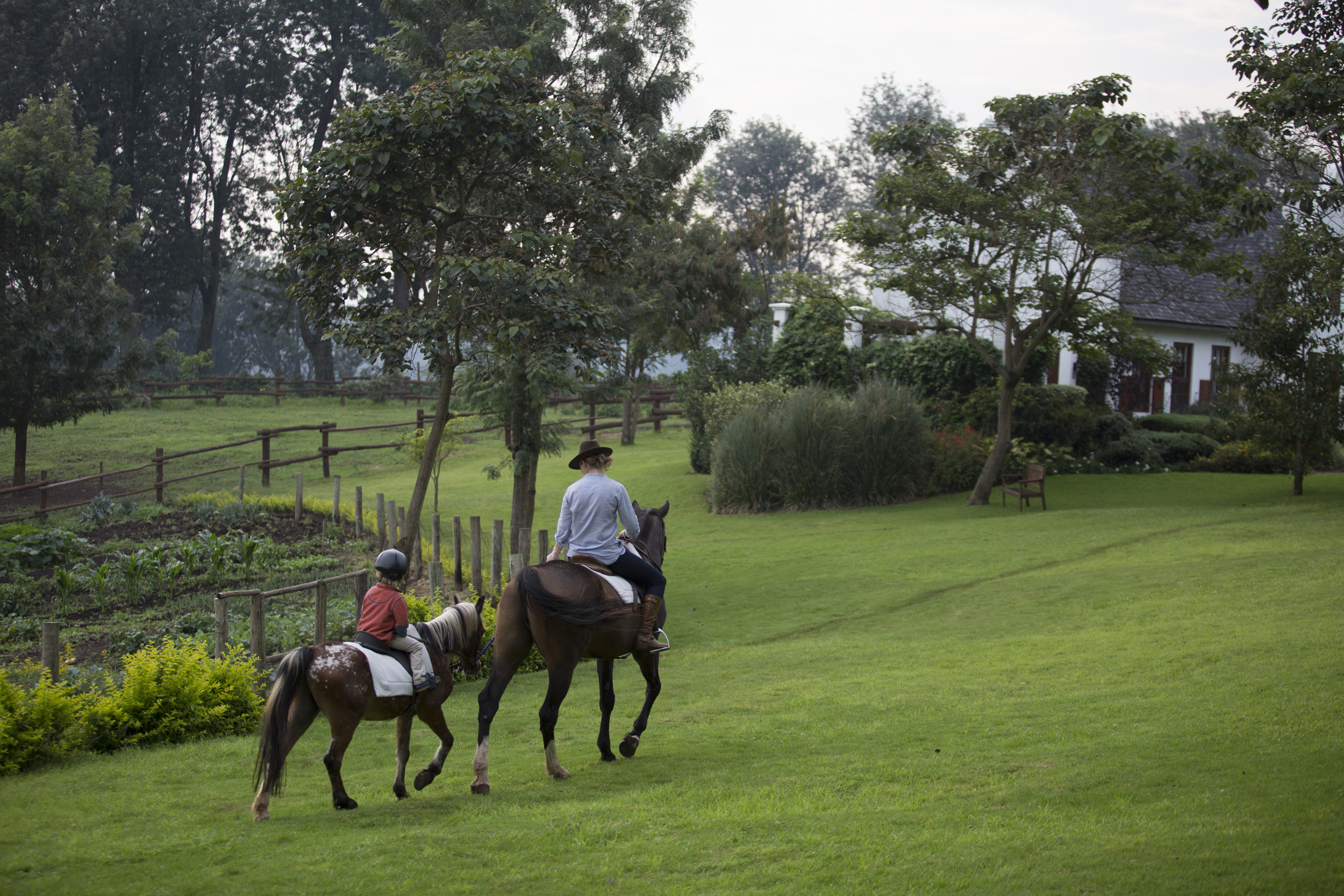 TheManor - Horse Riding 2 (c) Silverless