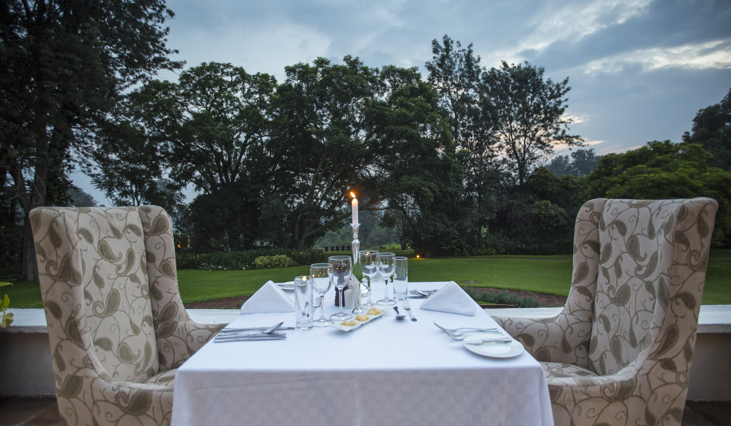 TheManor - Private Verandah Dining (c)Silverless