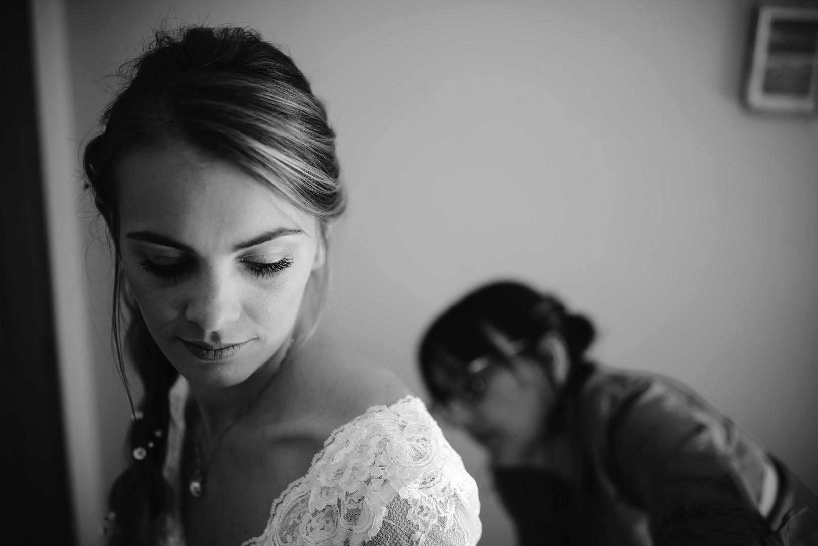 Preparatifs de la mariee