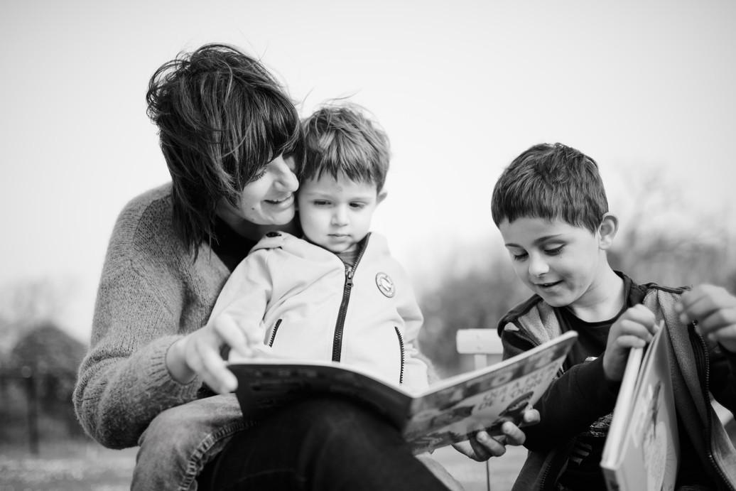 Une maman et ses enfants
