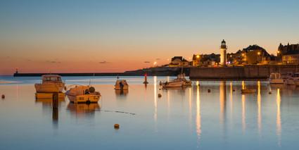 FISHING TOWN AT NIGHTTIME - Saint-Gilles-Croix-de-Vie