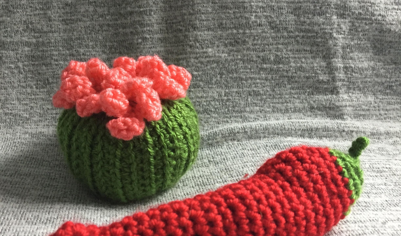 Amigurumi cactus and pepper