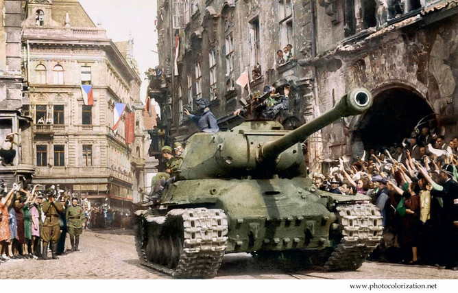 Heavy tank JS-2 from the 1 st Czechoslovak Army Corps (Czechoslovak unit in the 4 th Ukrainian Front of the Red Army) in the center of the capital of Czechoslovakia – Prague. Location: Prague, Czechoslovakia Date: May 10, 1945