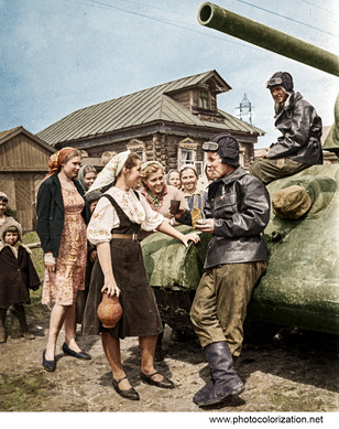 Soviet tankers talk with the locals