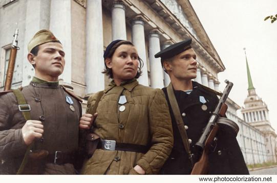 Young defenders of Leningrad / Защитники Ленинграда