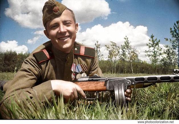 Guard senior Sergeant, squad leader Melnik G. P./ Старший сержант, командир отряда, Мельник Г. П.