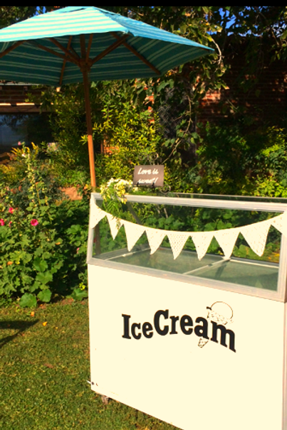 Ice-cream cart