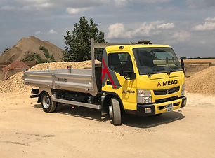 fuso 7.5TON TIPPER new.jpg