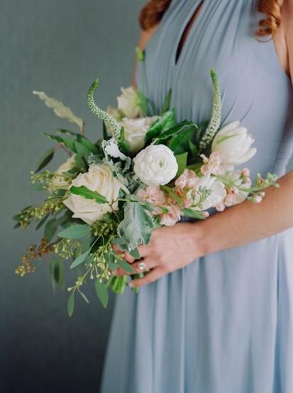 Bridal-Perfume-Bridesmaids-Bouquet-1024x