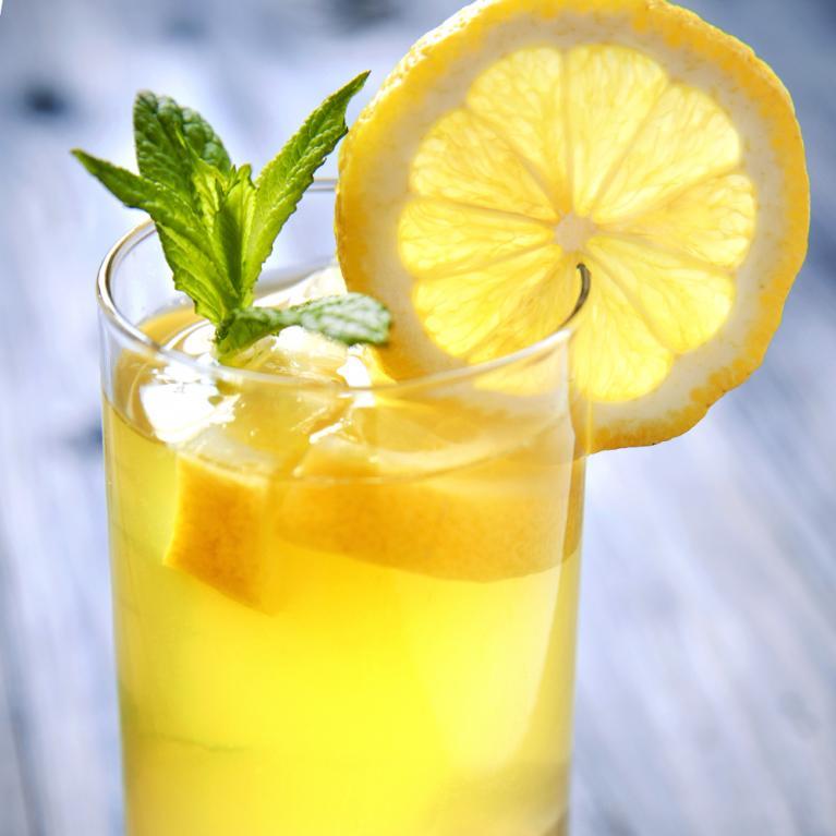 basic-brand-vodka-collins