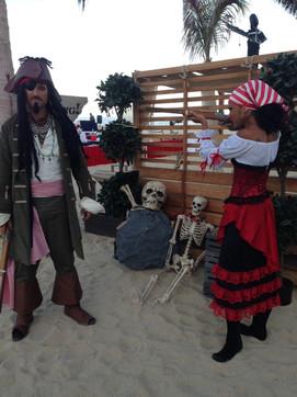 Piratas I Cabo Entertainment Company