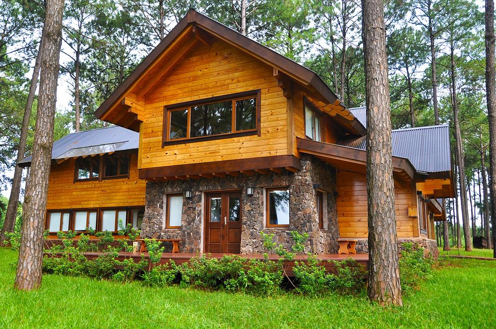 Casa de madera construida por Patagonia Log Homes