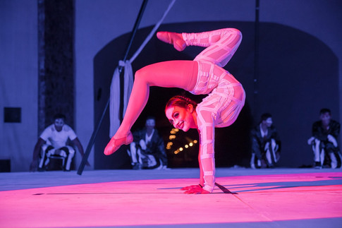 Contortion I Cabo Entertainment Company