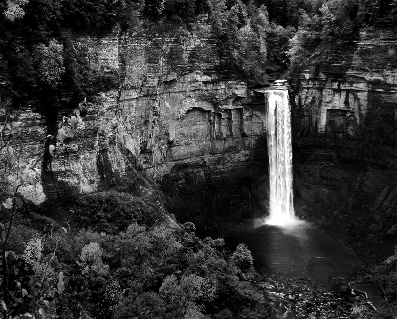 Taughannock Falls BW