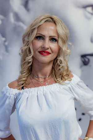 Anna Son Jeromé