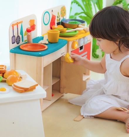 plan-toys-kitchens.jpg