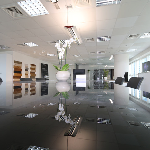 EDILIZIA COMMERCIALE E DIREZIONALE SHOWROOM MEETING TABLE EMILIA ROMAGNA
