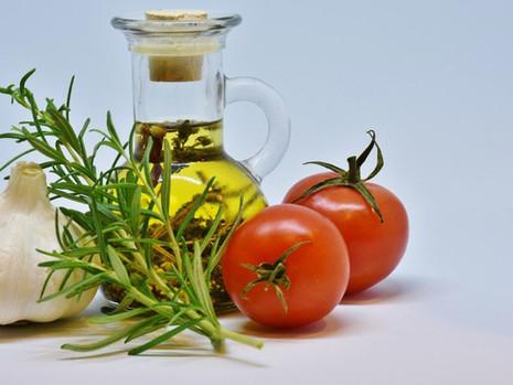 Nej tuky na vaření – sezamový olej a přepuštěné máslo ghí