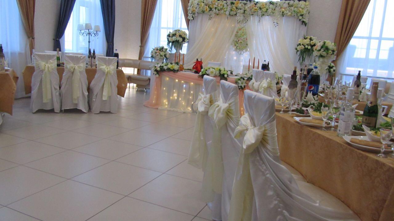 Свадьба. Декоратор Е. Шатохина.