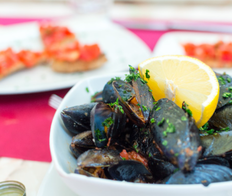 Antonia's Thai Spiced Mussels