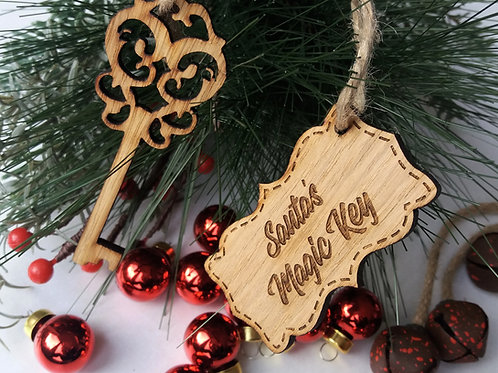Santa's Magic Key - Made from Oak - Can be personalised on the back