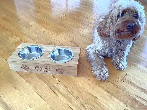 Personalised Dog/Cat Bowl engraved with name and paws -For Cat or Small Dog