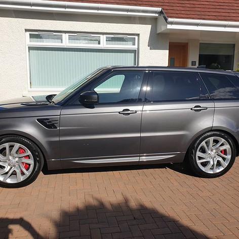 Range Rover Hybrid Sport in for the Smar