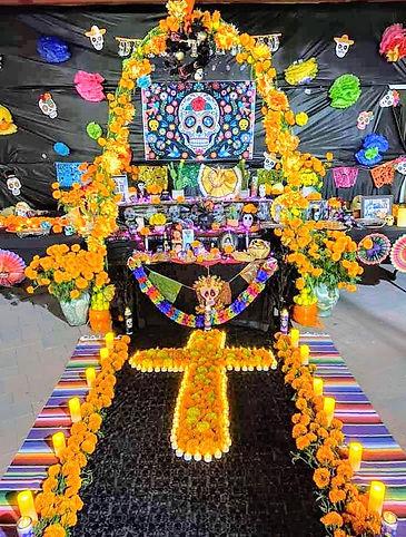 Community Ofrenda Día Del Los Muertos Si