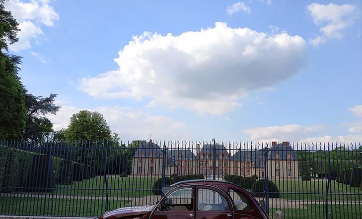 chateau de breteuil.jpg