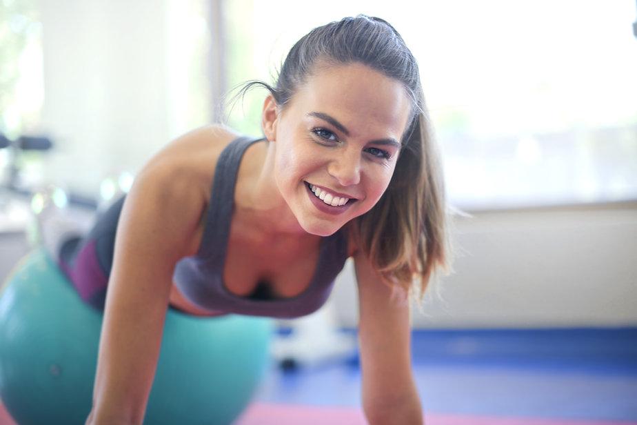 exercising-keeps-oneself-healthy-3768918