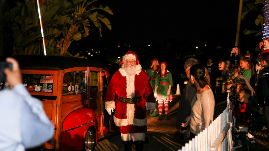 The 11th Annual Tree Lighting Ceremony at The Ritz Carlton, Laguna Niguel Was More Than Lit