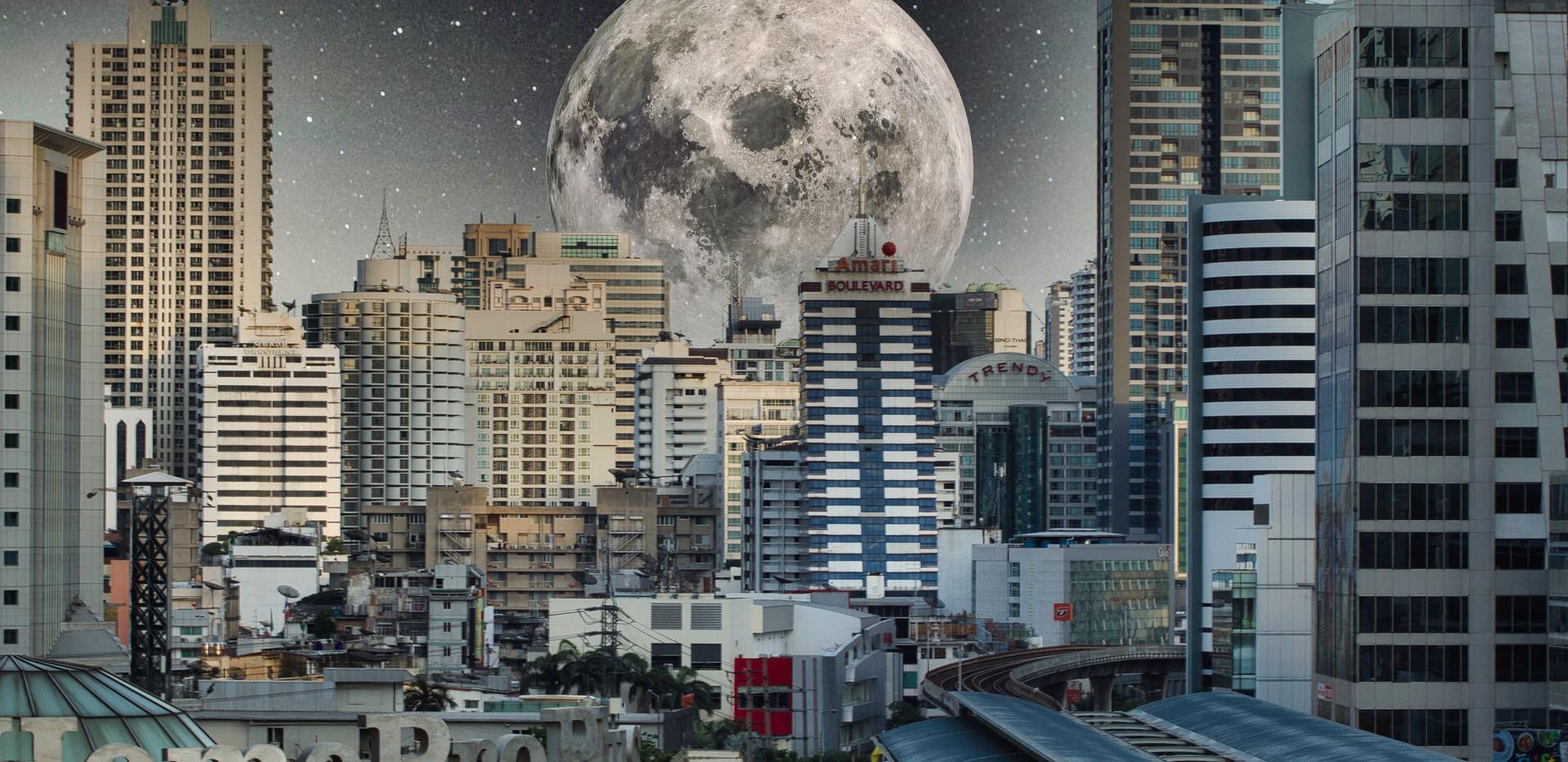 Moon on Sukhumvit