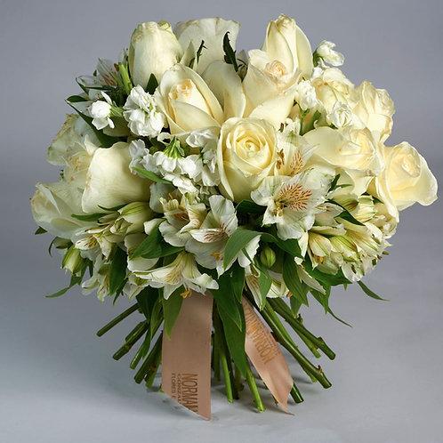 Bouquet en tonos blanco.