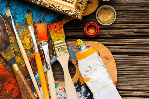copy-space-wooden-background-paint-brush