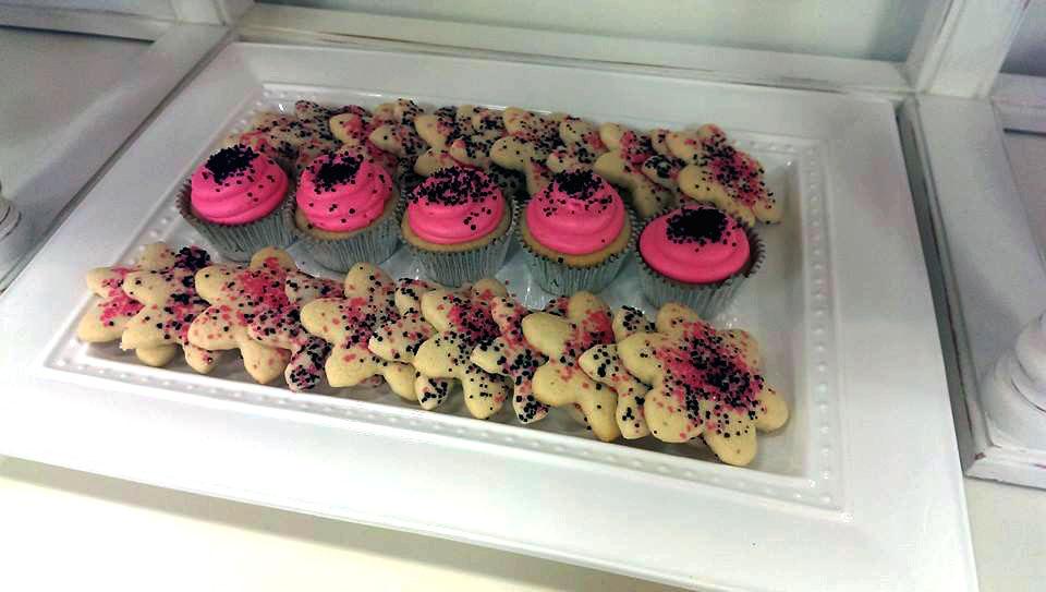 Cupcakes & Cookies.jpg