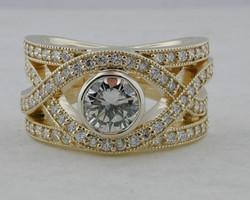 Crossover-Round Diamond