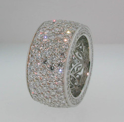 Pave Ring in Platinum 01