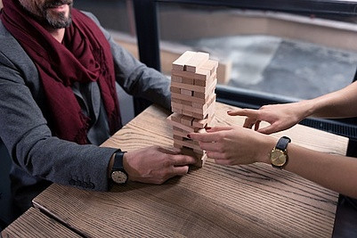 jenga-team-building