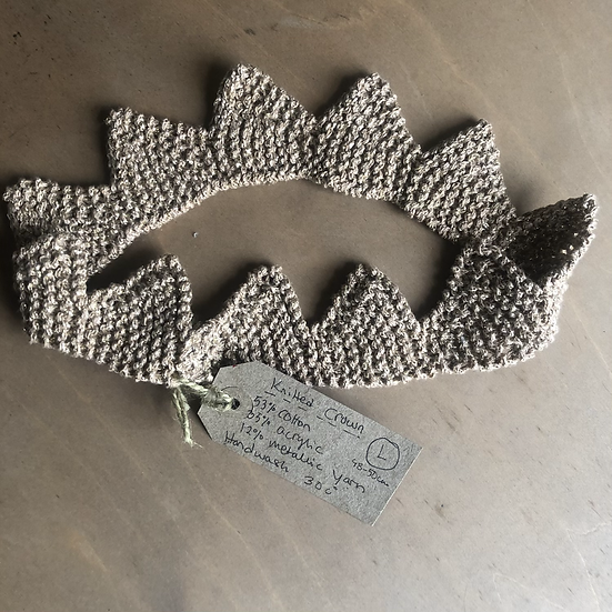 Knitted Christmas Crown (L)