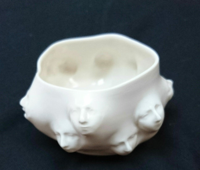 Porcelain face pot by Anja Lubach