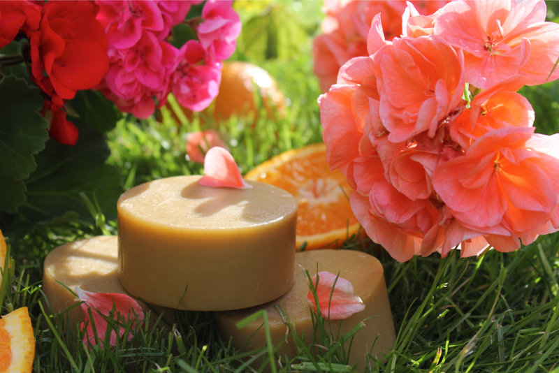Saboon Alee organic handmade soap in Geranium & Orange
