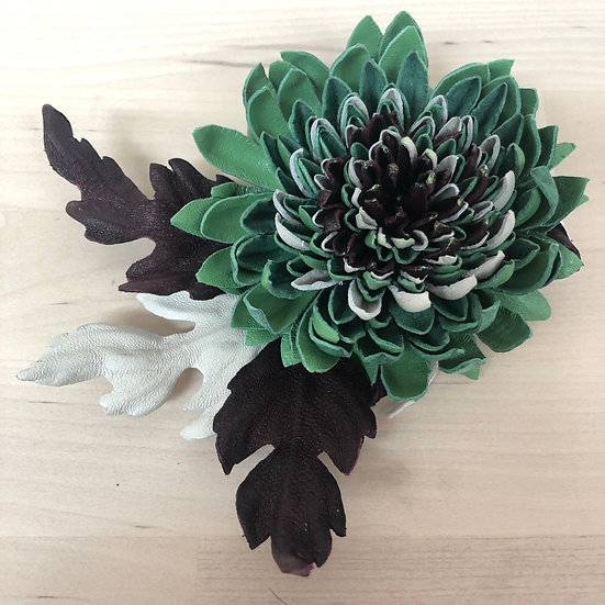 Gorgeous green leather flower brooch (large)