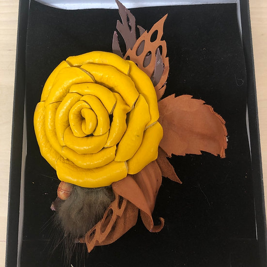 Yellow rose leather brooch