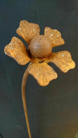 Flower Head 2 Garden Ornament - Hayley Ilett